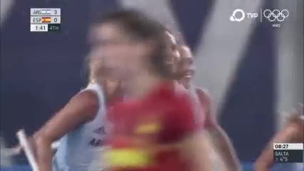 De penal, Noel Barrionuevo puso el 3-0 final para Las Leonas