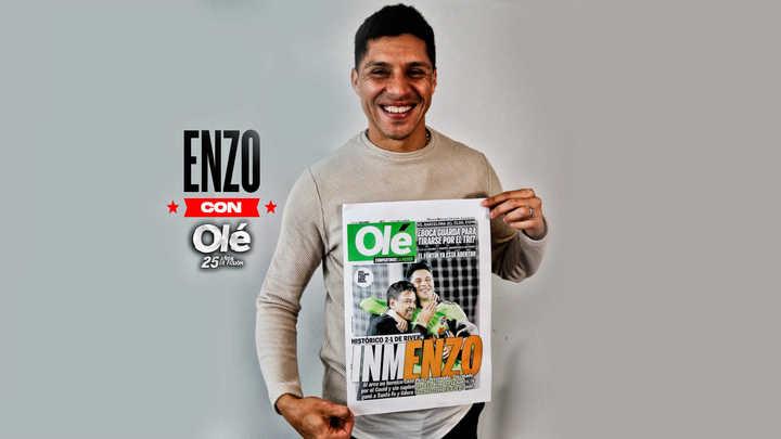 Enzo Pérez y el saludo a Olé