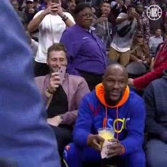 Mayweather y Pacquiao se reencontraron en un partido de NBA