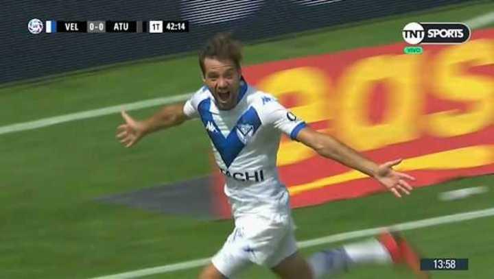 Bouzat marcó el primero de Vélez