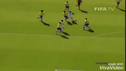 Golazo de Messi a Brasil en el Mundial Sub 20 del 2005