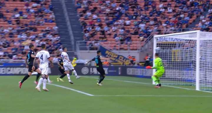 Lautaro Martínez y el 1-0 del Inter ante Bologna