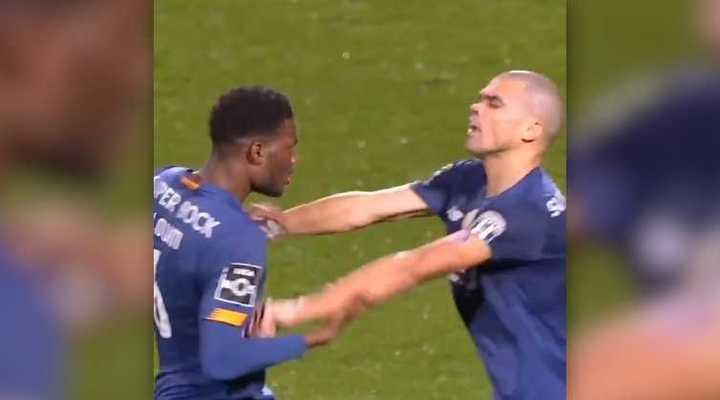 Pepe se peleó con un compañero del Porto