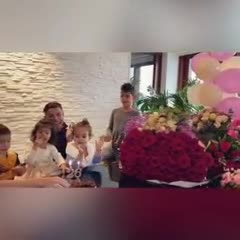 Así festejó Georgina Rodríguez su cumpleaños