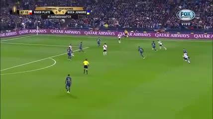 Los goles gemelos de Pratto: a Racing y a Boca en la Copa