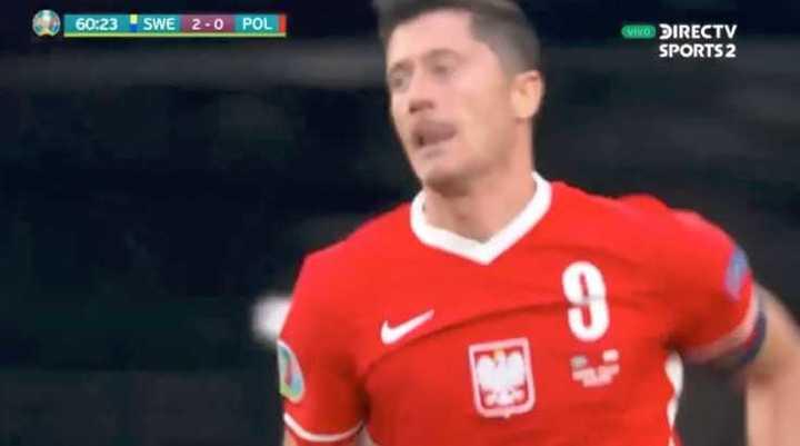 Doblete de Robert Lewandowski para Polonia