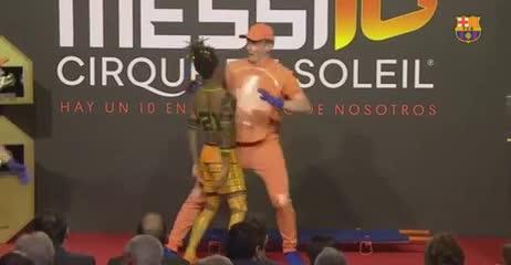 Los gestos de los hijos de Messi durante el show de la Bota de Oro