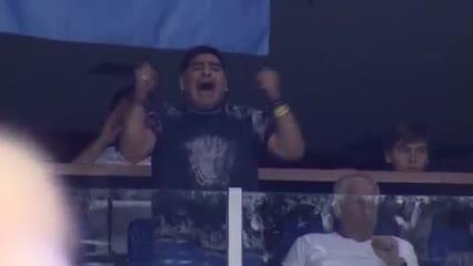 Los festejos de Diego en la Copa Davis