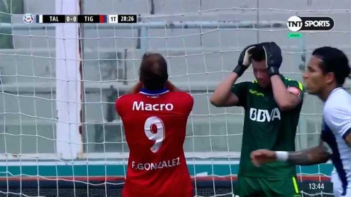 Fede González se perdió un gol increíble para Tigre