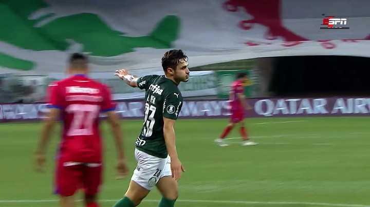 Palmeiras metió el primero ante Tigre