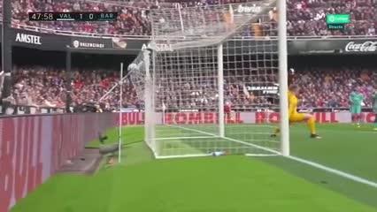 Resumen del triunfo del Valencia sobre el Barcelona