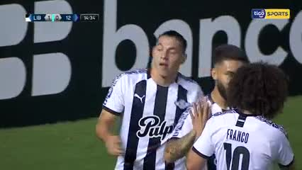 Ramón Díaz perdió la punta en Paraguay