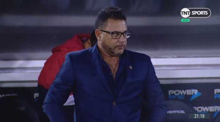 El Globo se fue silbado tras la finalización del partido