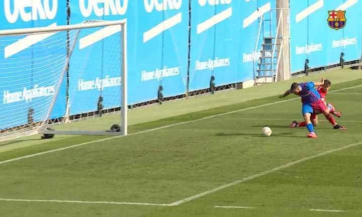 El gol de Agüero en el amistoso