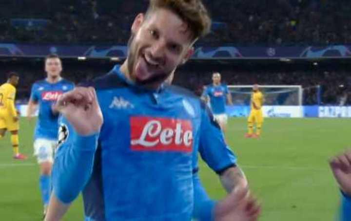 Mertens marcó el 1 a 0 de Napoli