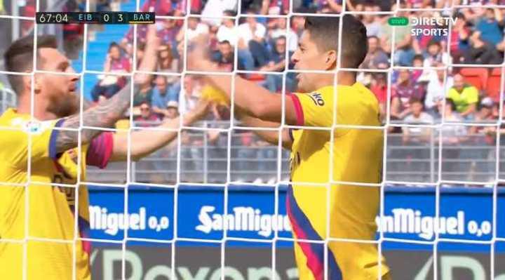 Messi asistió y Suárez marcó el 3 a 0