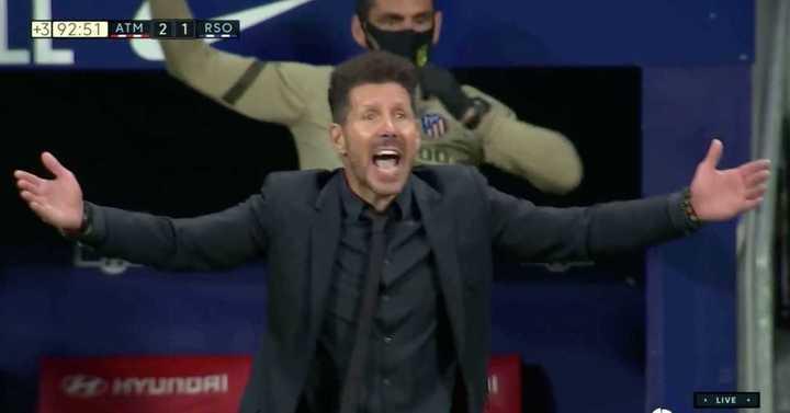 El festejo de Simeone ante la Real Sociedad