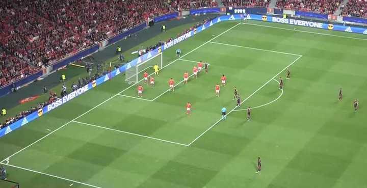 La jugada preparada del Bayern que terminó en gol ante el Benfica