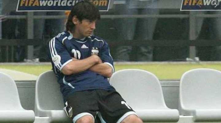Cufré habló del día que Pekerman dejó en el banco a Messi