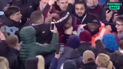 Así fue la invasión de los fanáticos del Aston Villa