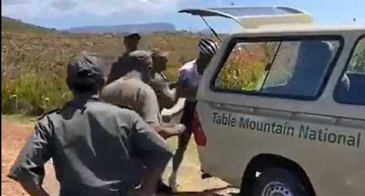 La brutal agresión a Nic Dlamini en Ciudad del Cabo