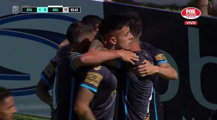 Atlético Tucumán marcó el primero