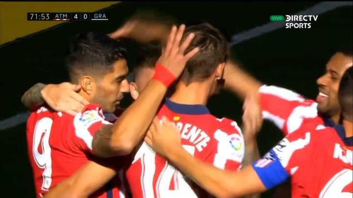 Asistencia de Suárez y gol de Llorente