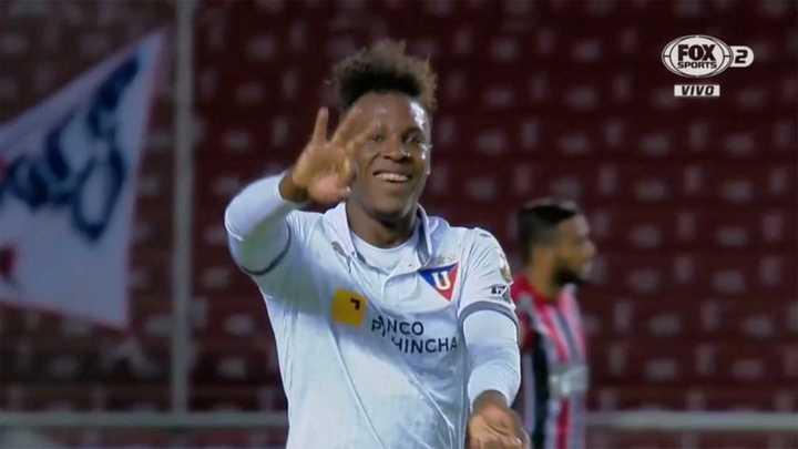 Doblete de Julio para Liga de Quito