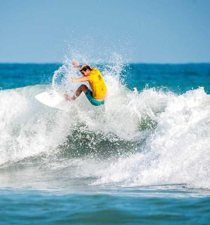 La esperanza del surf argentino en los Juegos