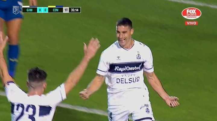 Morales marcó el 1 a 0 del Lobo