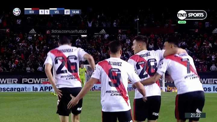 Gran jugada de Martínez Quarta para que Nacho empatara