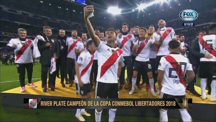 Los jugadores cantaron la canción del Pity Martínez