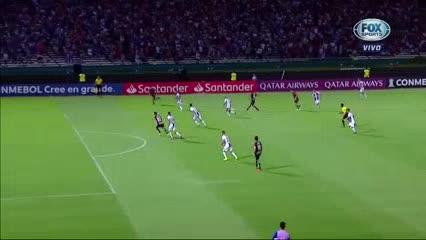 Soto marcó el empate para Palestino