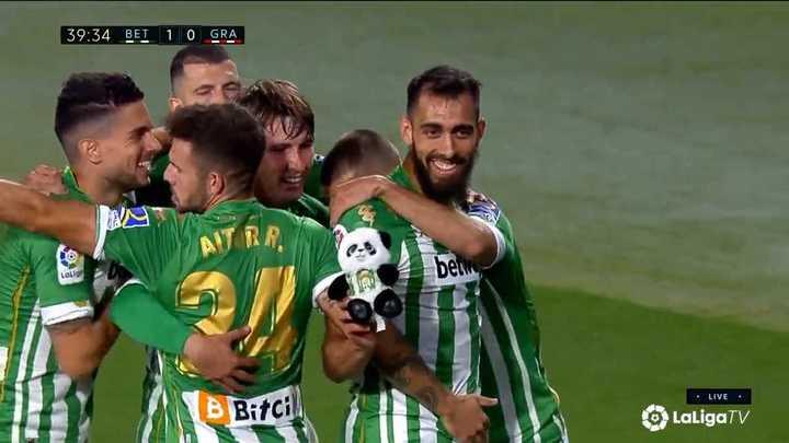 El Betis le ganó por 2 a 1 al Granada