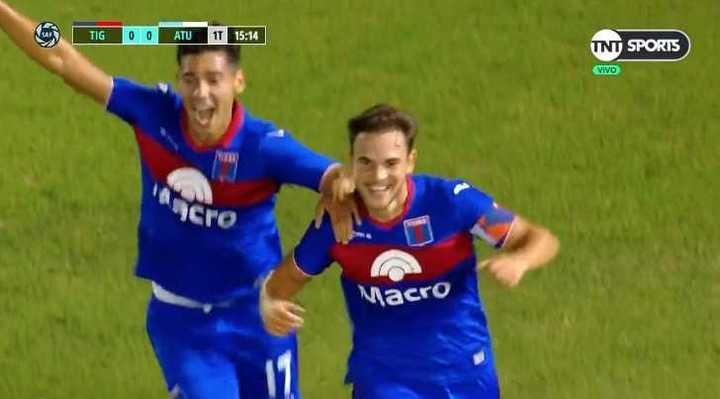 Menossi marcó un golazo para Tigre