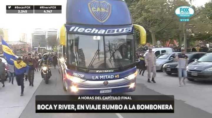La salida de Boca hacia La Bombonera