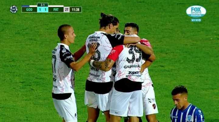 Ávalos empató el partido en Mendoza