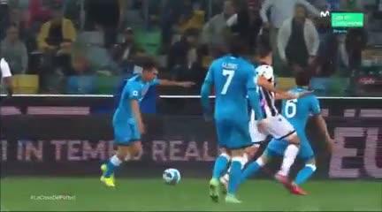 El golazo de Lozano para Napoli ante Udinese