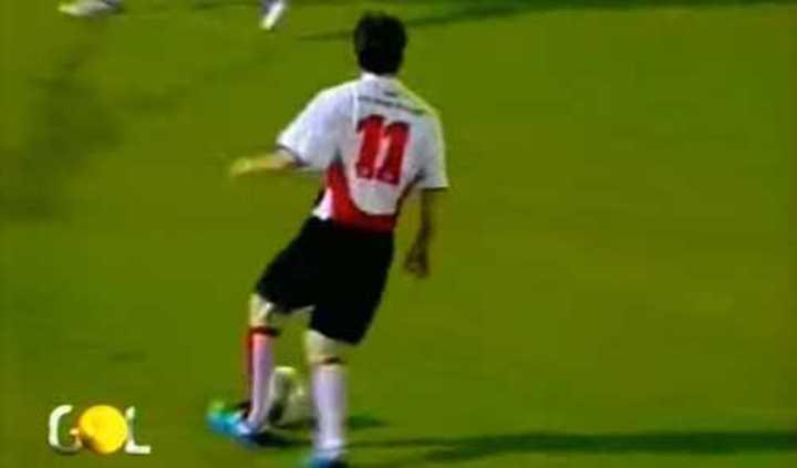 Messi con la camiseta del Atlético de Madrid