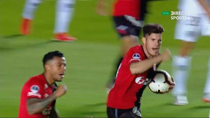 Colón empató con gol de Morelo