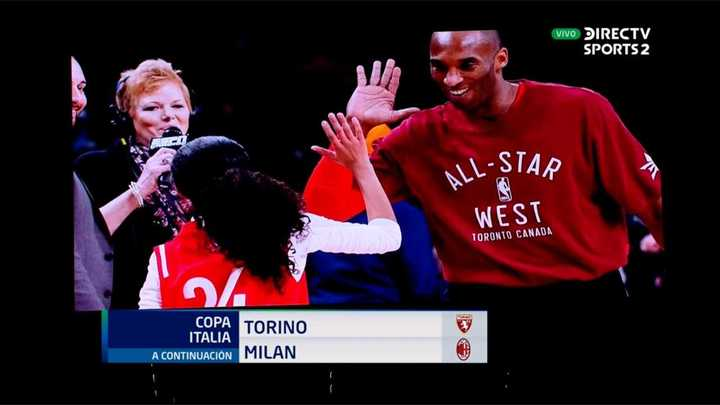 El homenaje a Kobe Bryant en el partido del Milan y Torino