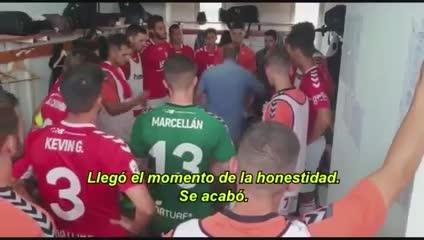 La emotiva arenga del DT de Murcia.