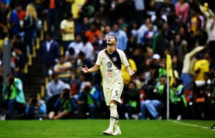 Guido Rodríguez gritó un gol en México