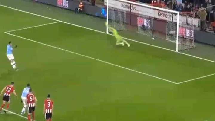 Gabriel Jesus no pudo con el arquero del Sheffield United