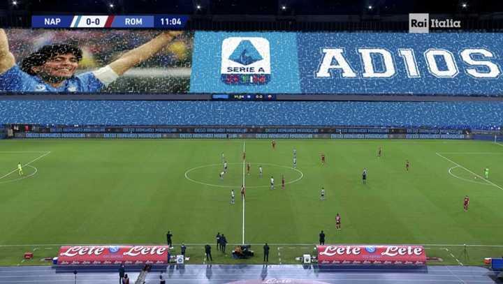 El minuto 10 de Napoli-Roma