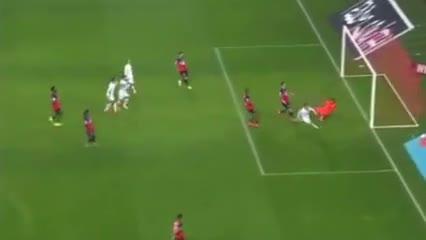 El gol de Benedetto