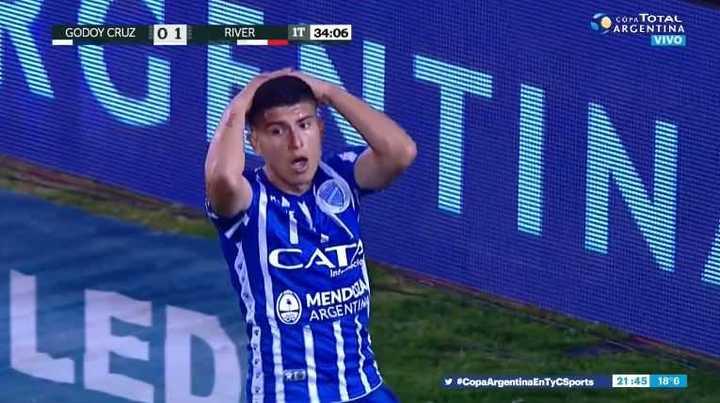 Vella se lo perdió para Godoy Cruz
