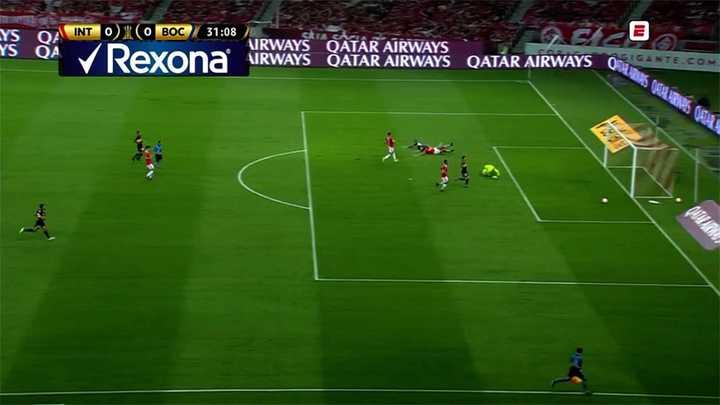 Villa se perdió una clara para Boca