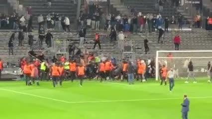 Lío en el final de Angers-Marsella
