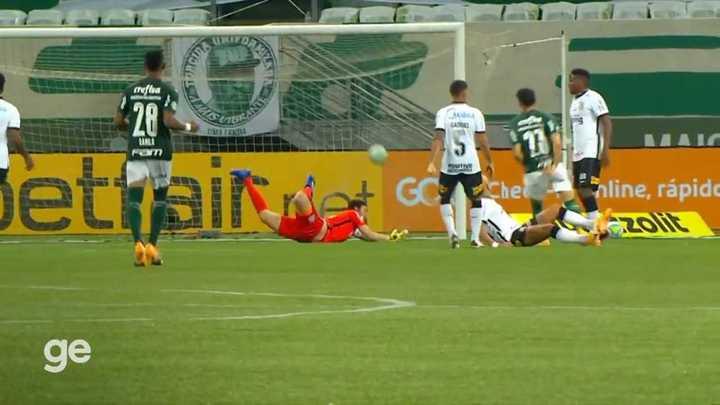 Palmeiras goleó a Corinthians